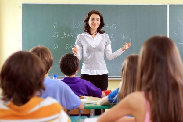 teacher-w600h400